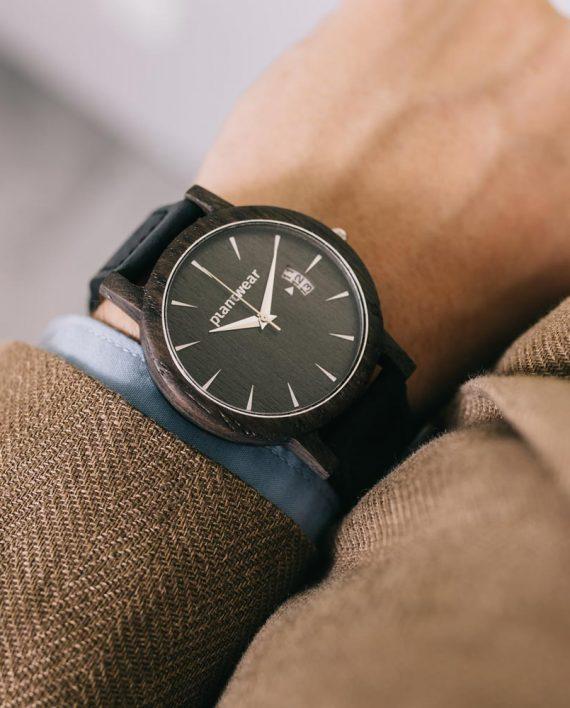 Drewniany-zegarek-seria-royal-czarny-dąb-7