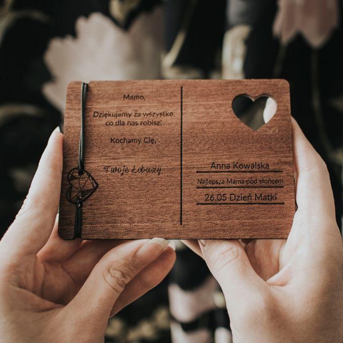 drewniana kartka na dzien matki