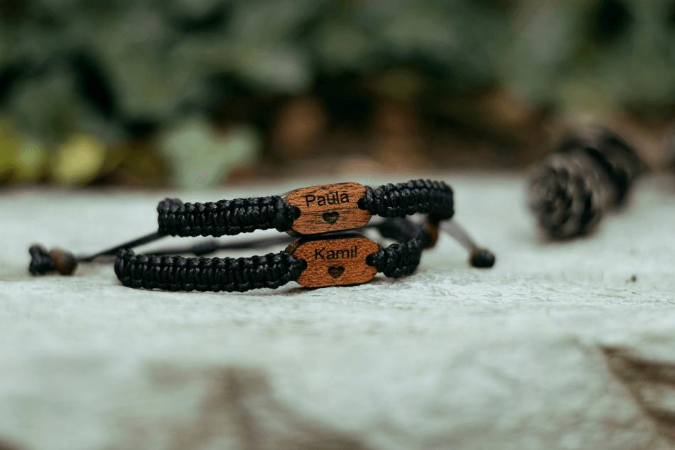 bransoletki dla par z imionami