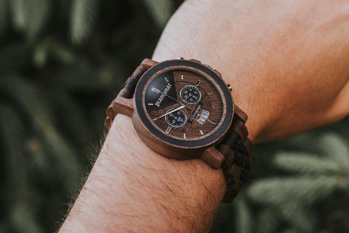 Zegarek-drewniany-Chronograph-Orzech-Wenge-aranzacje