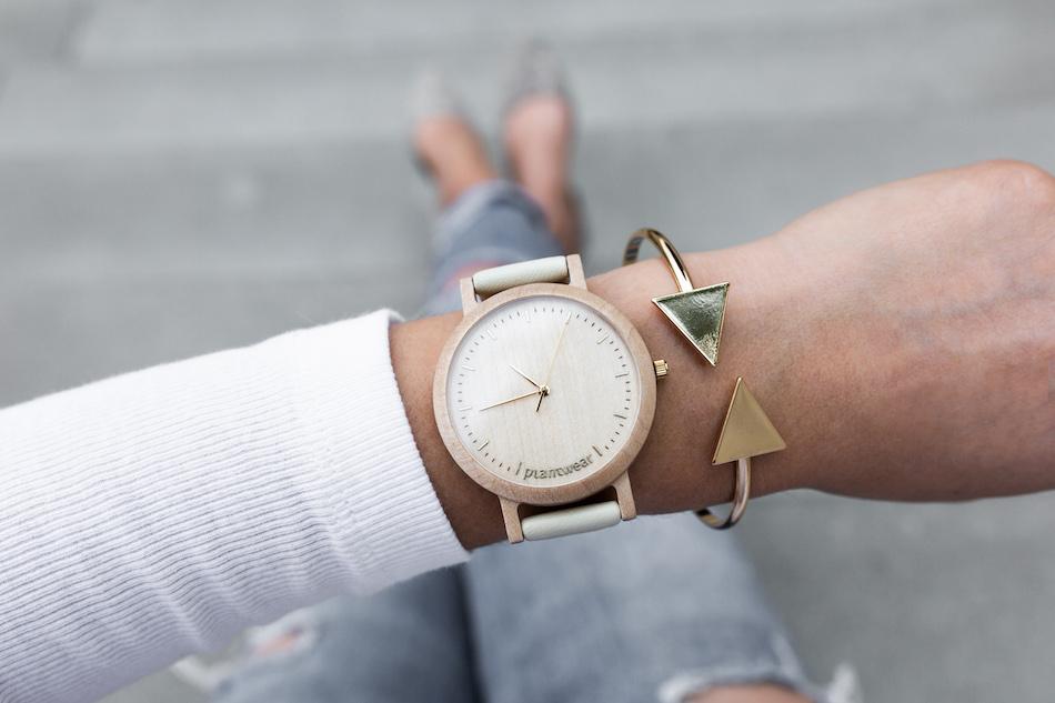 damski zegarek z drewna