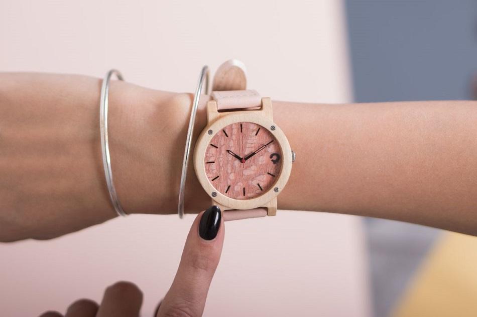 zegarek drewniany flake rose