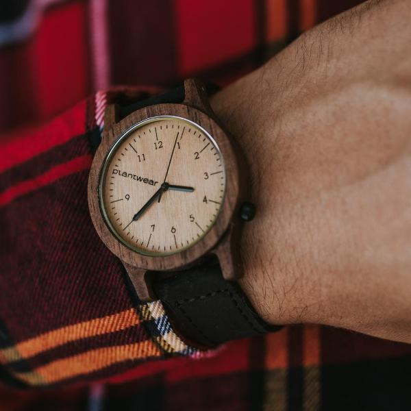Drewniany zegarek Seria Heritage Orzech