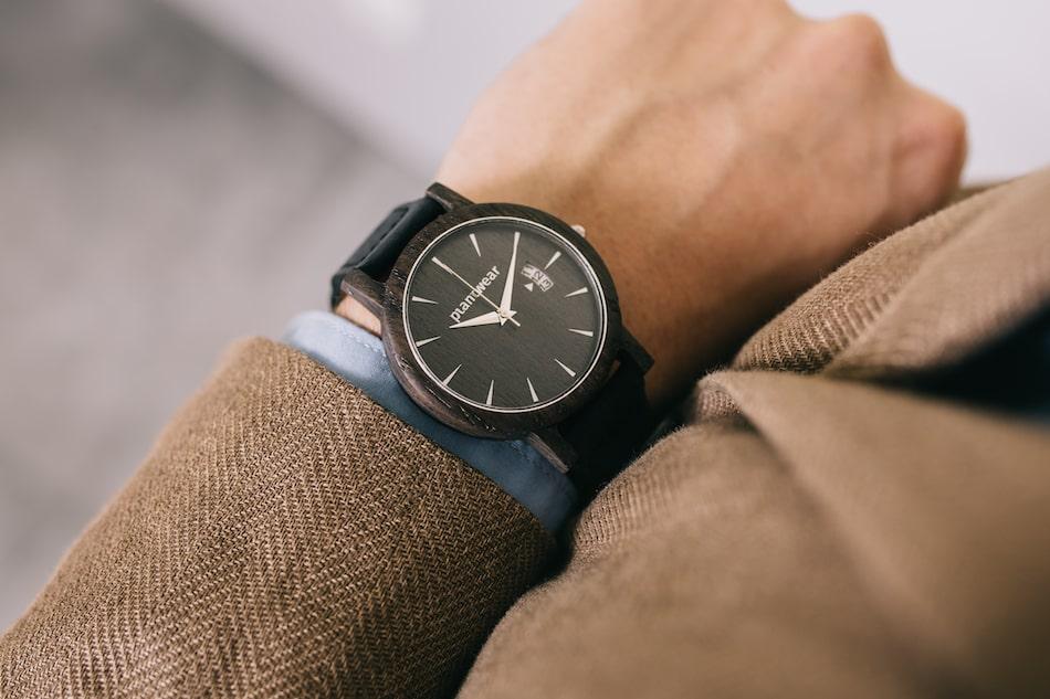 jak nosic zegarek meski