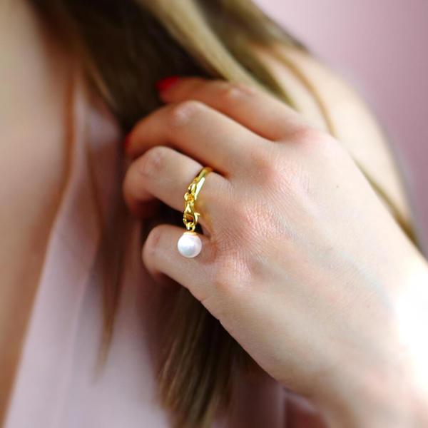 pierścionek z zawieszką perła złoty (1)