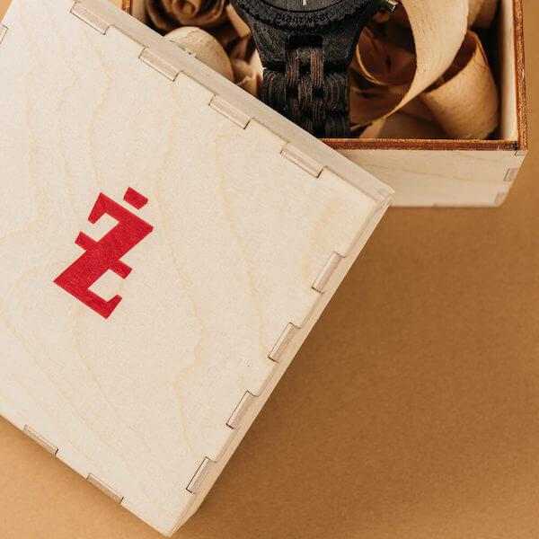 prezenty firmowe: zegarek personalizowany, prezent dla pracowników