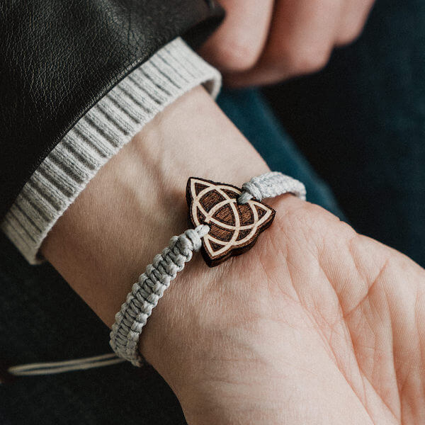 bransoletka z węzłem celtyckim