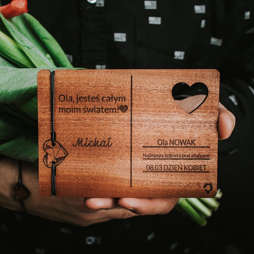 plantwear_pl_aranzacyjne_drewniane_kartki_kartka_na_dzien_kobiet_06 (1)