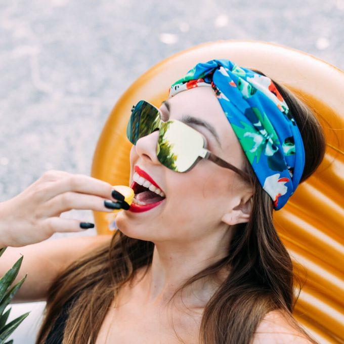 drewniane okulary przeciwsloneczne lustrzana soczewka złota