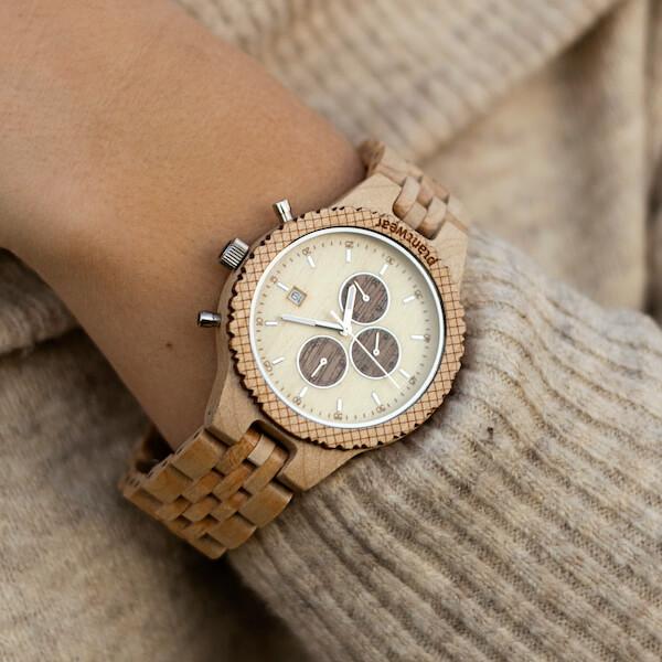 drewniany zegarek damski
