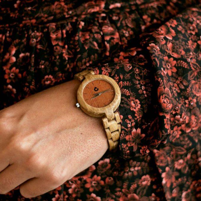 drewniany zegarek