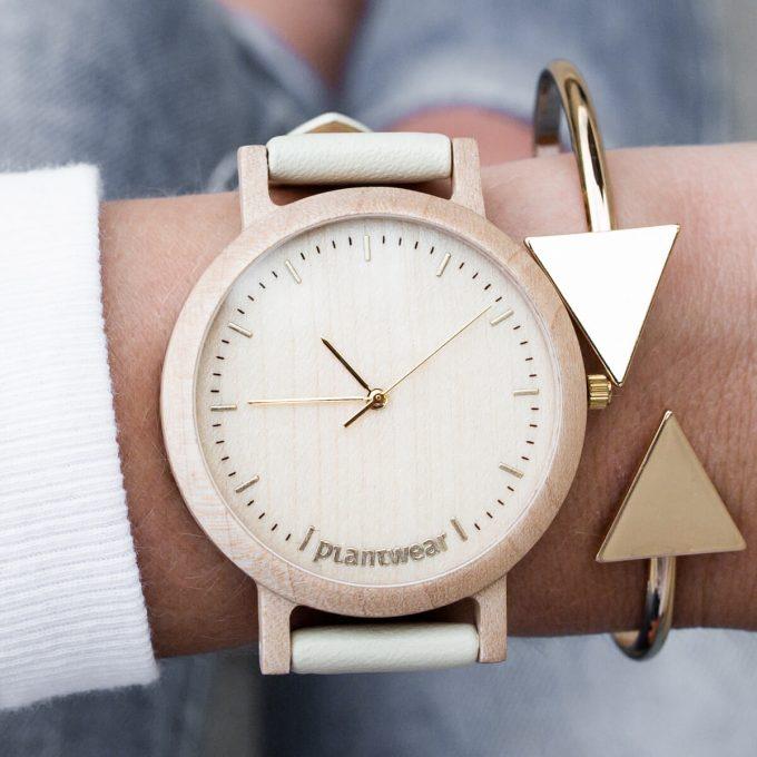 drewniany zegarek plantwear, prezent na dzień kobiet