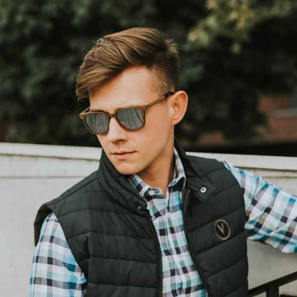 plantwear_pl_packshot_drewniane_okulary_przeciwsloneczne_premium_helsinki_orzech_04_poziom__2