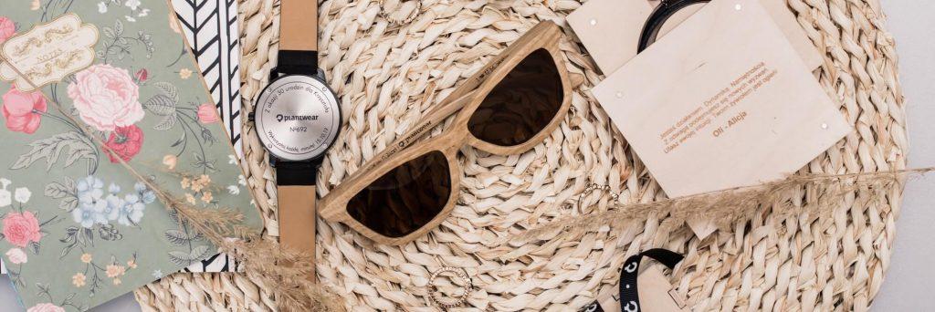 prezent zgrawerem zegarki okulary