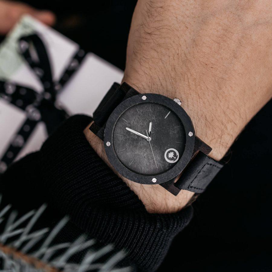 drewniane zegarki, prezenty na święta