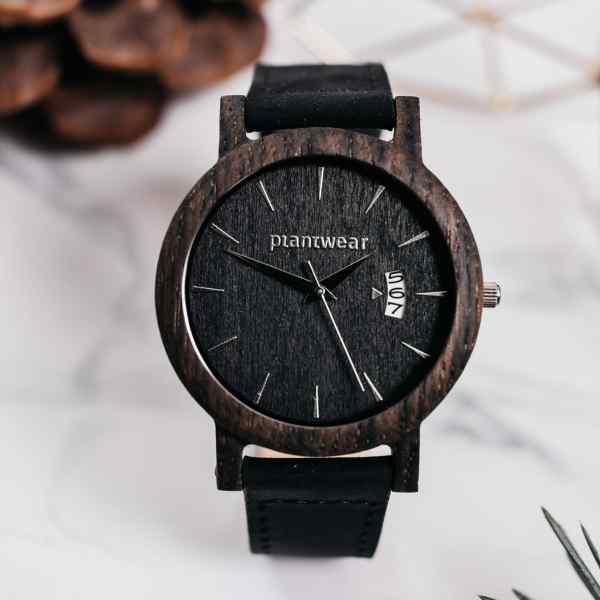drewniany zegarek czarny dąb