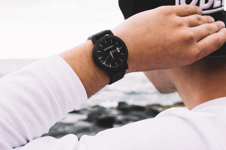 zegarki w dobie telefonów - 3 dowody na to, że wciąż warto je nosić